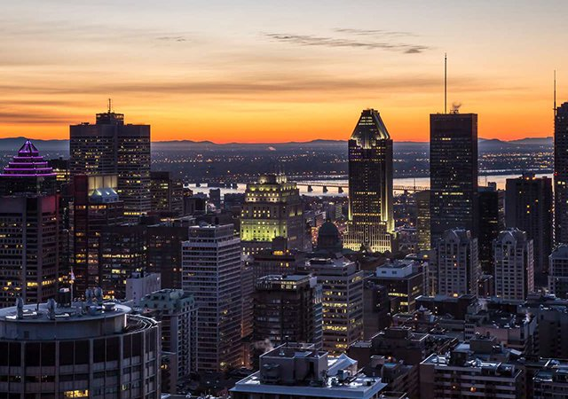 Como levar dólares canadenses para Montreal