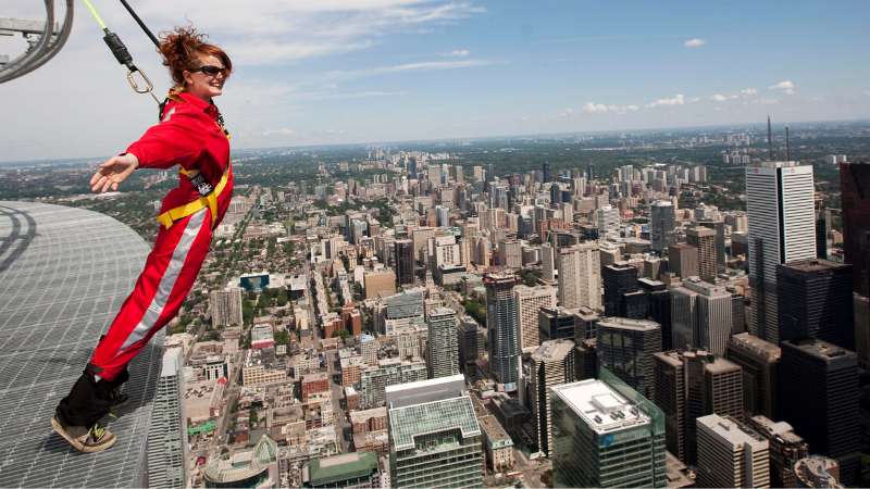 EdgeWalk na CN Tower em Toronto