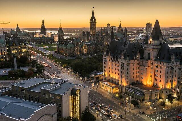 Quanto levar de dinheiro para Ottawa