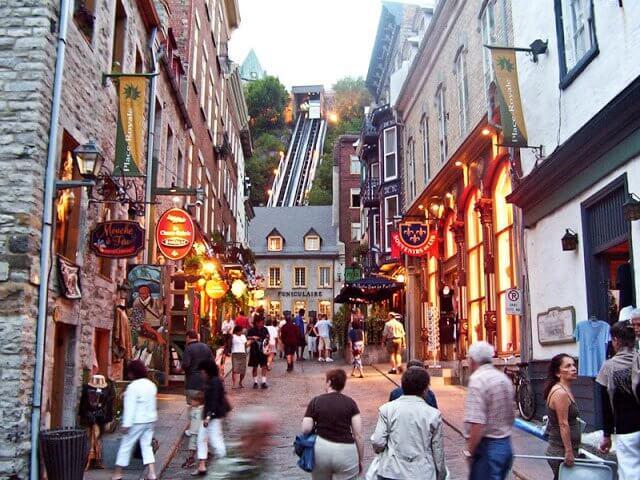 Onde comprar lembrancinhas e souvenirs em Quebec City
