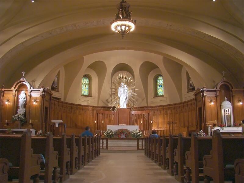 Interior do Oratório de São José em Montreal