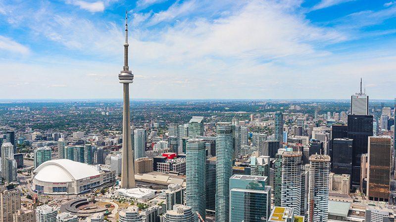 Como levar dólares canadenses para Toronto