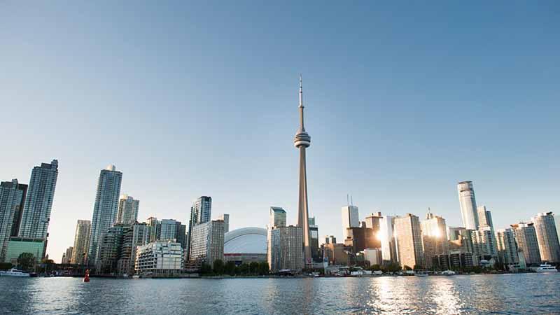 Meses de alta e baixa temporada em Toronto