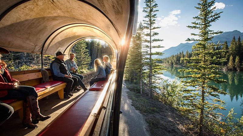 Passeio de carruagem em Banff